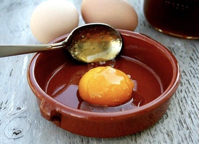 კვერცხის მალამო მოგაშორებთ ნაოჭებს,პიგმენტურ ლაქებს და ნახეთქებს.