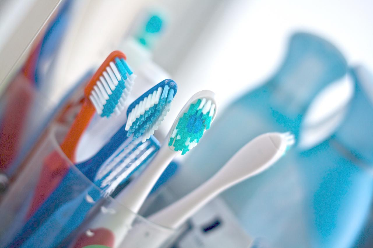5 Uses for Your Old Toothbrush