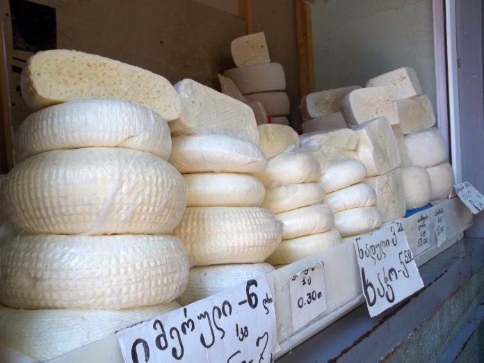 გაიგეთ, რატომ უნდა მიიღოთ ყველი ყოველდღე და რა რაოდენობითაა ის რეკომენდირებული.