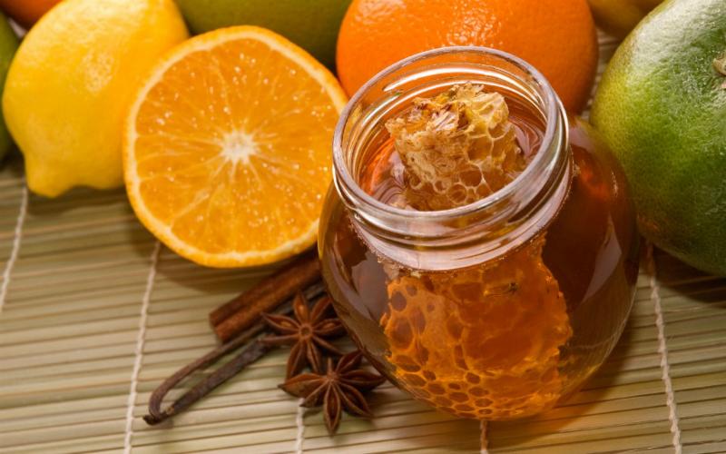 ძილის წინ ყოველდღე შეჭამთ თაფლს, ამ ინფორმაციის წაკითხვის შემდეგ...